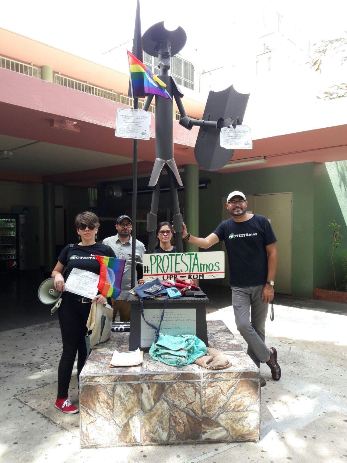 Los Sin Plaza con Quijote